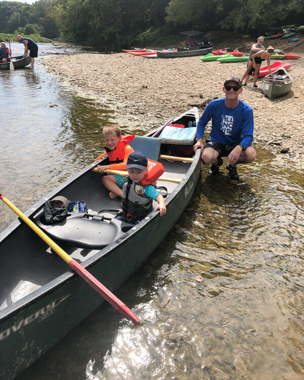 Family in canoe at Narrows launch site