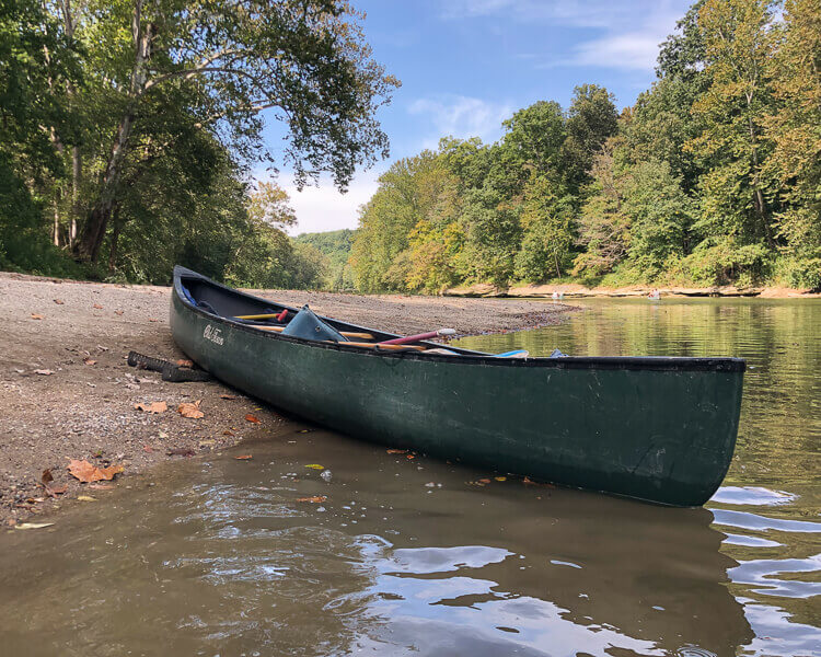 canoe in water at turkey run state park