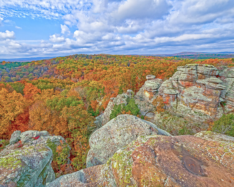 View from top of Cliff of Garden of the Gods in Shawnee National Forest, Southern Illinois